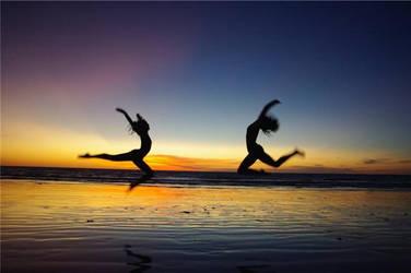 Dancers by Daniiin-n