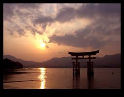 Miyajima Shrine, Hiroshima by foogie
