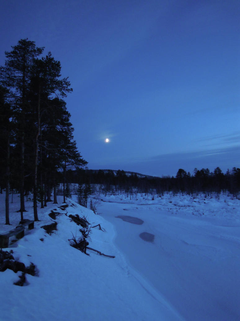 Moonlight in Lapland by hoshitsu
