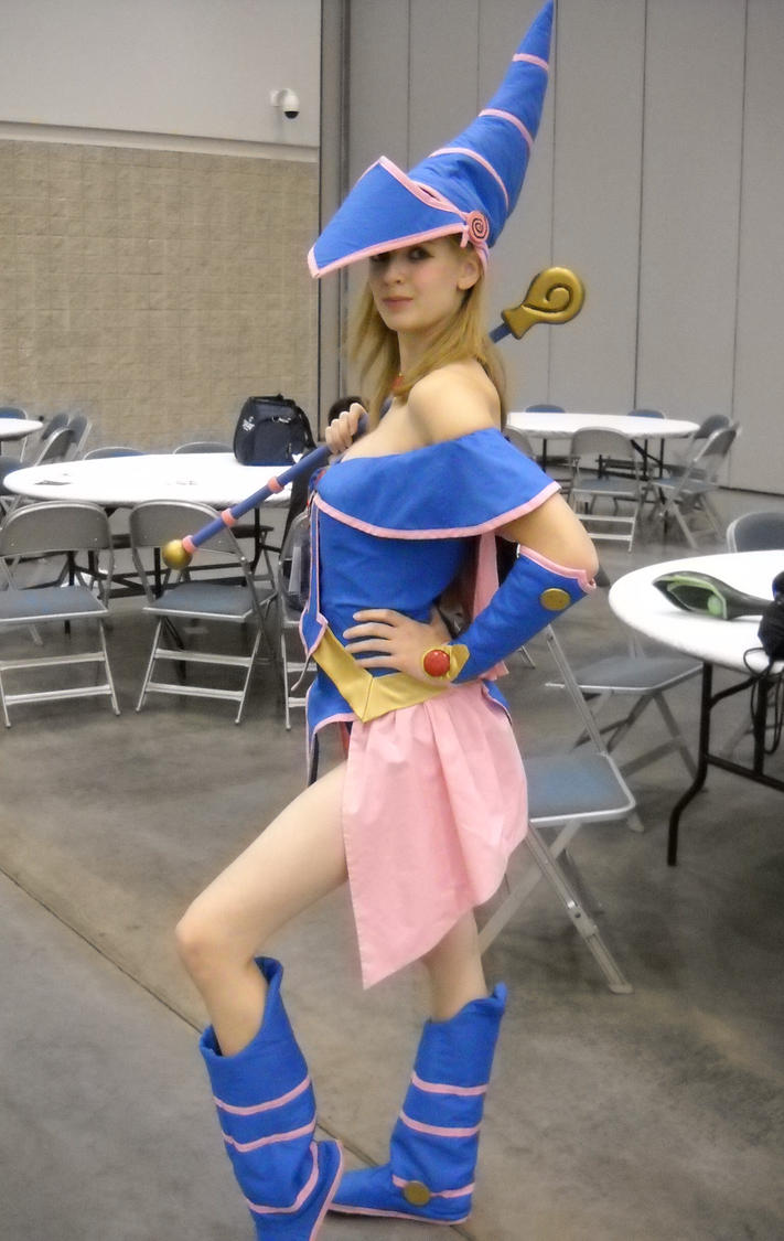 Magician girl doujin exploited photo