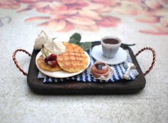 Mini Tray with Waffles by vesssper