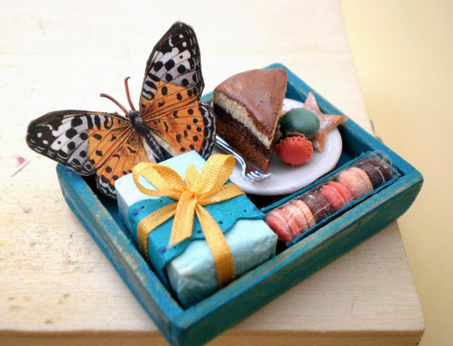 Birthday Tray with Macarons by vesssper
