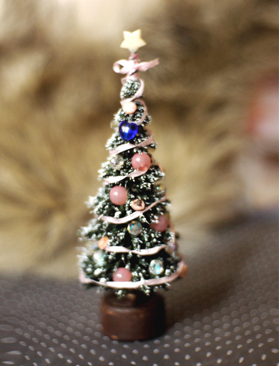 Miniature Christmas Tree by vesssper