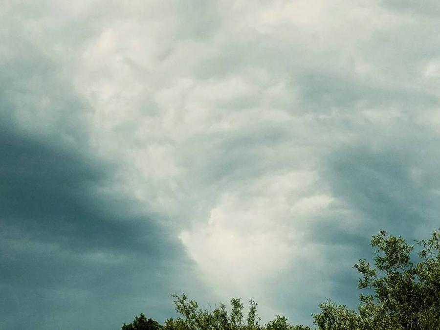 cloud paint by kirrimann