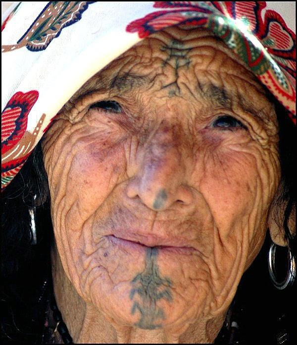 Berber Woman by 2beers
