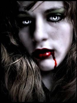 Vampire Ayla-Deadly Beauty
