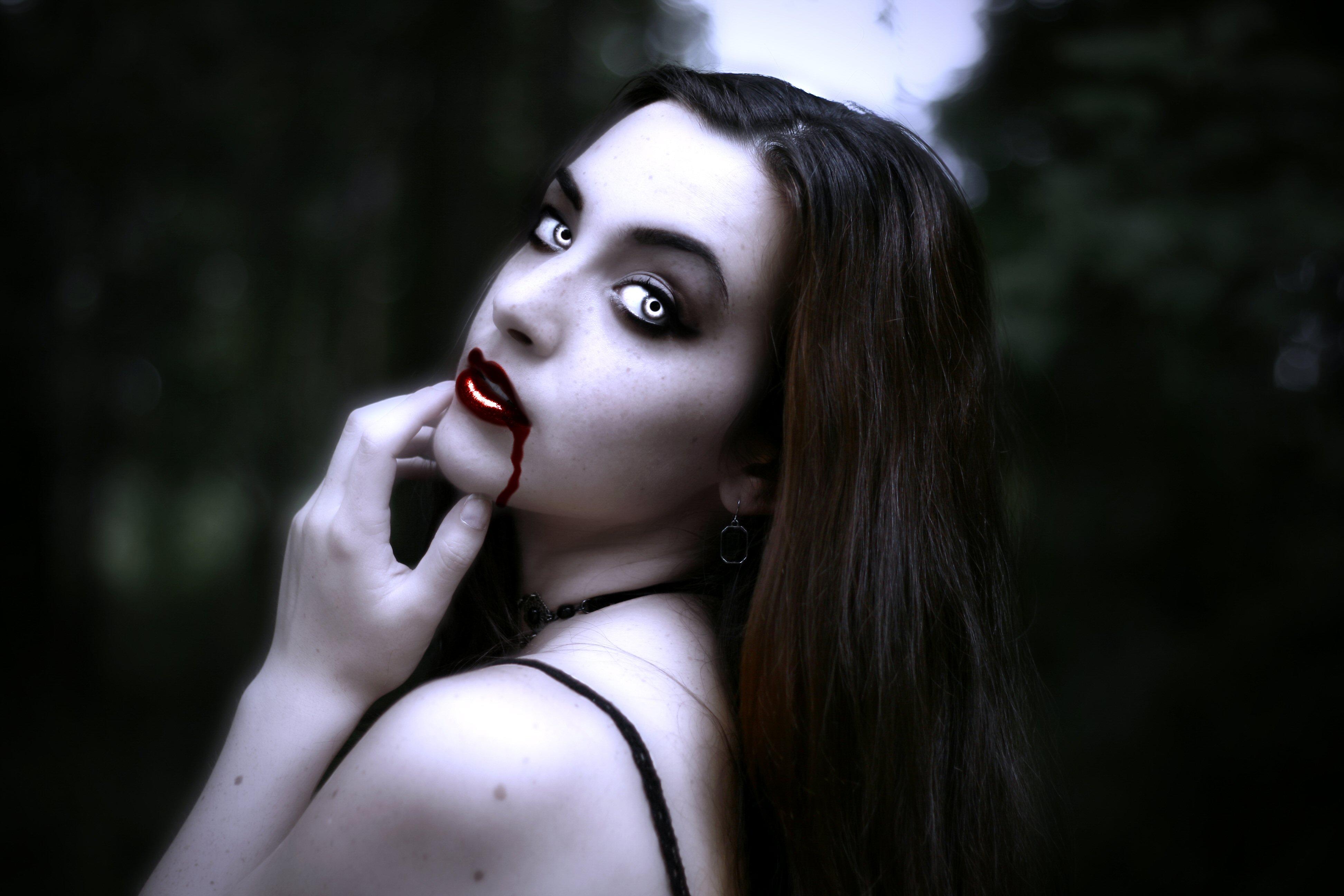Издательства планета, картинки вампирши