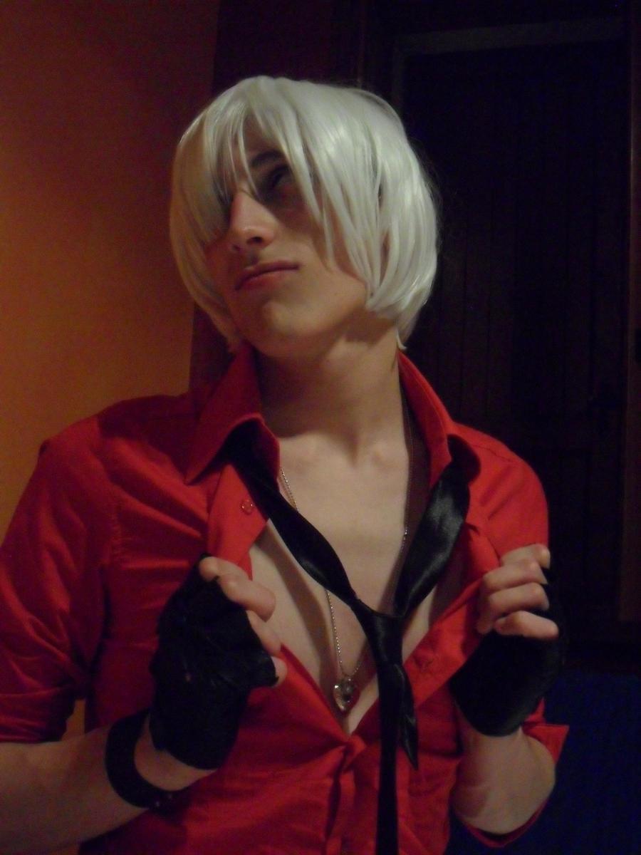 Dante as...well, Catherine! v.v by neo627764