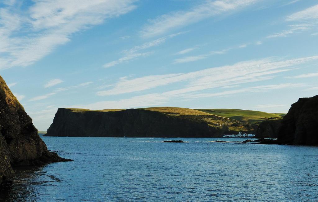 Pennan Bay by martinemes