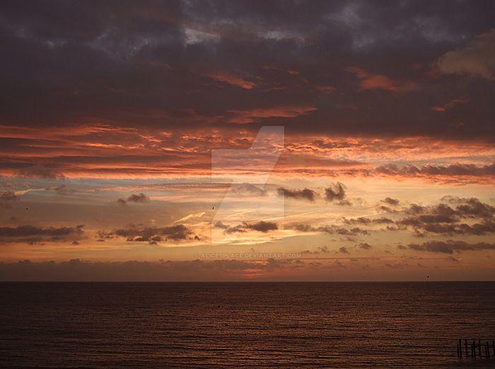 dawn,suffolk coast by Gwitha-Kathes