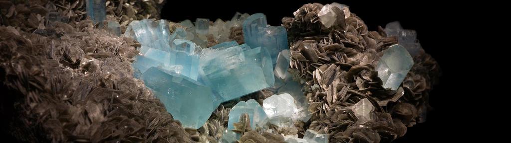 .:Aquamarine:. by Loki2002