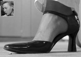 The Incredible Shrinking Man under Her Shoe! by GT647