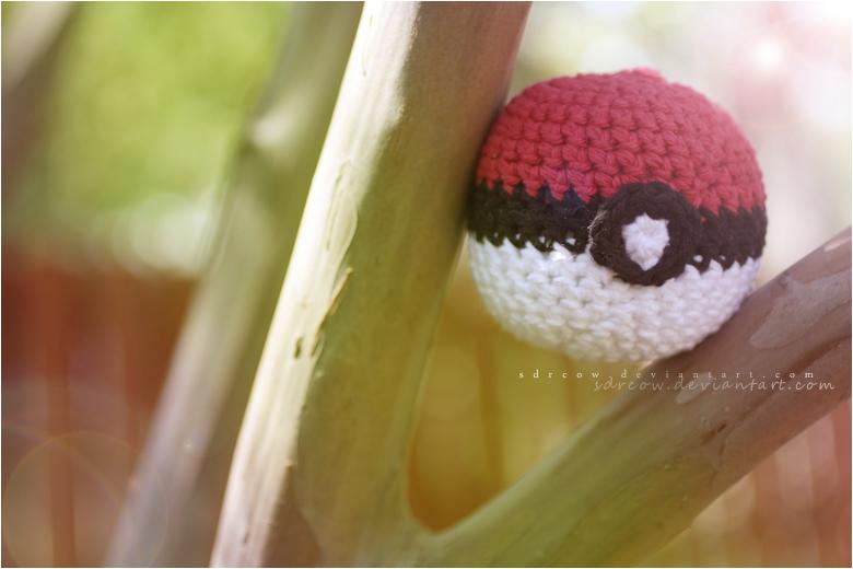 Poke'Ball by sdrcow