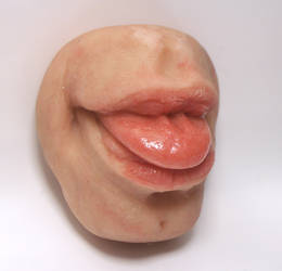 mini mouth three quarter by Jengabean