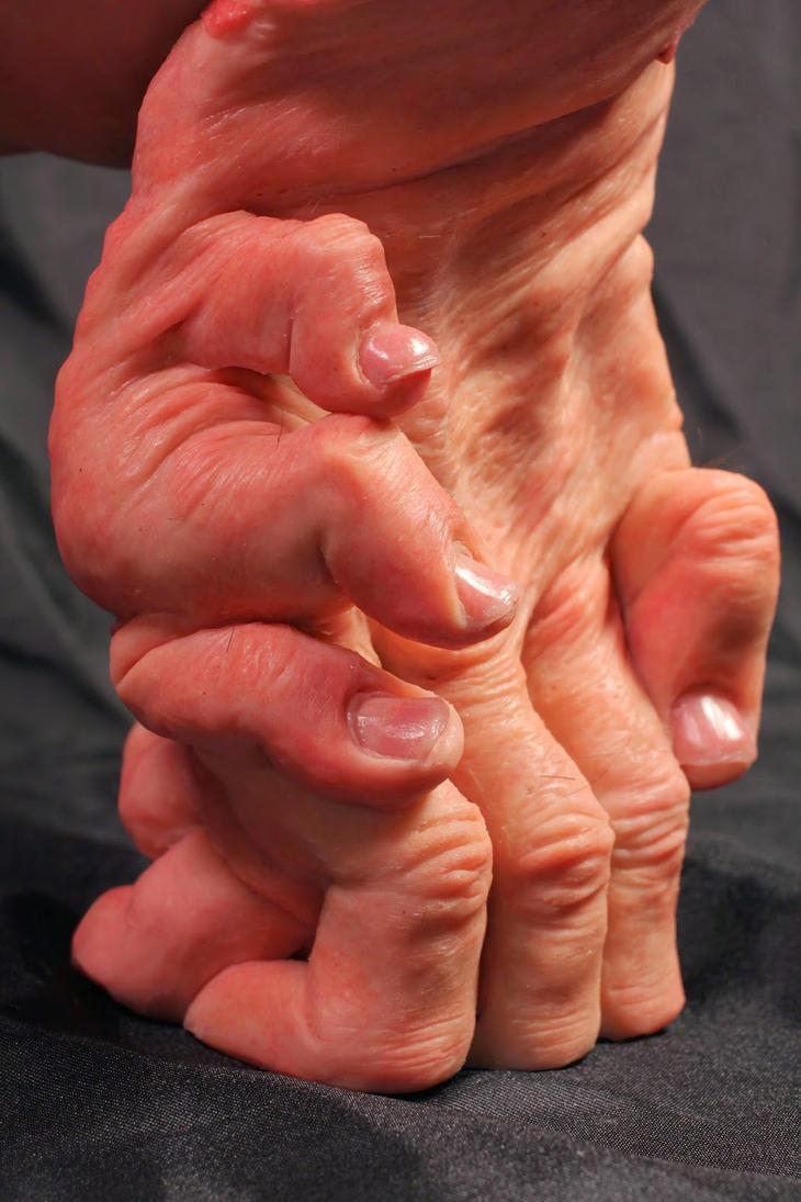 Priscilla's Fingers by Jengabean