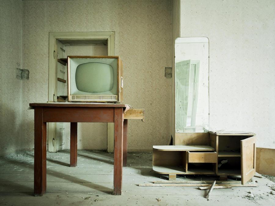 Abandoned house II by soho42