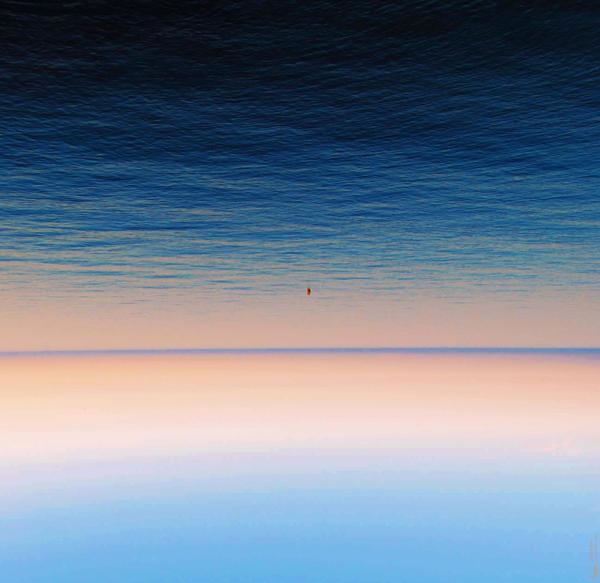 Minimal landscape by paulayai on deviantart for Minimal art landscape