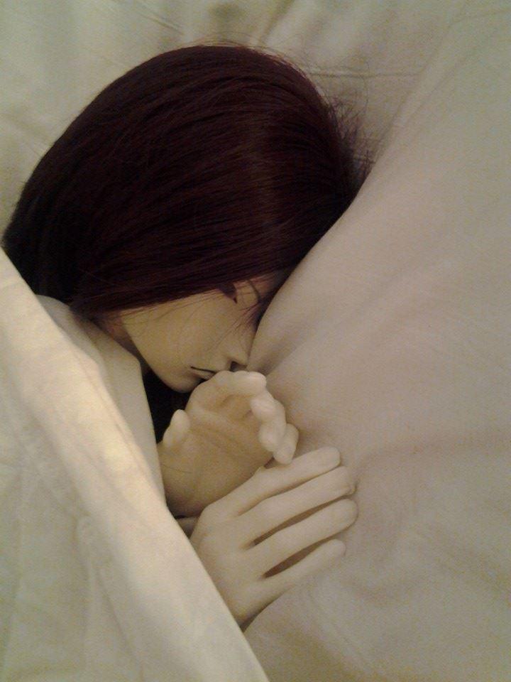 Hotel Bedtime 05 - Peace by VampireMint