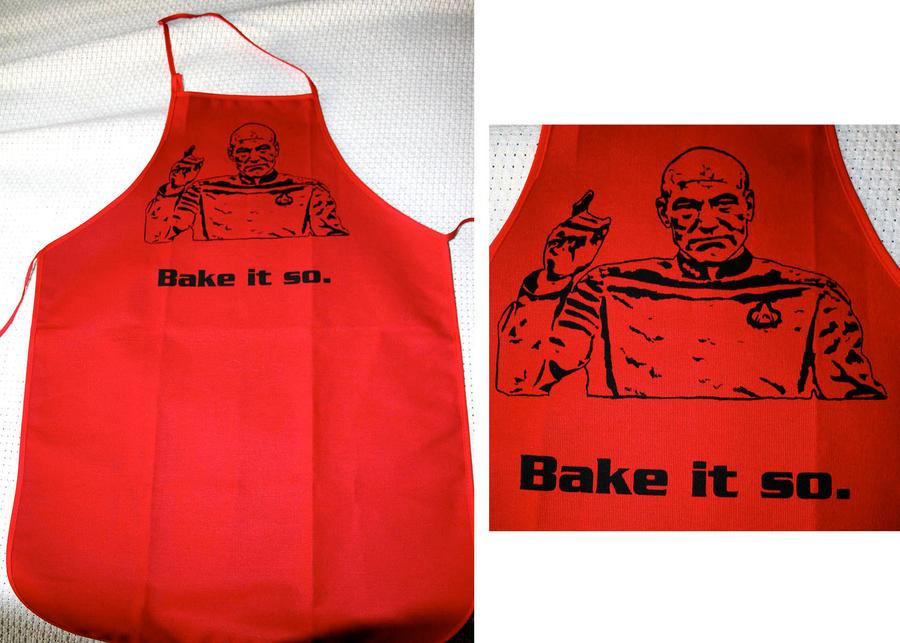 Bake it so - Star Trek Apron by Tomaka