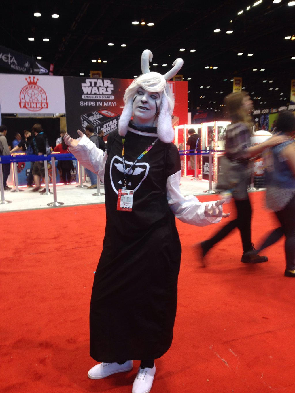 C2E2 2016.13 by MagicalCrystalWings