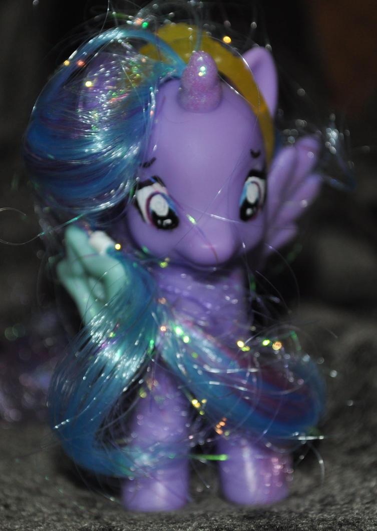 Luna My Little Pony by QueenAnneka