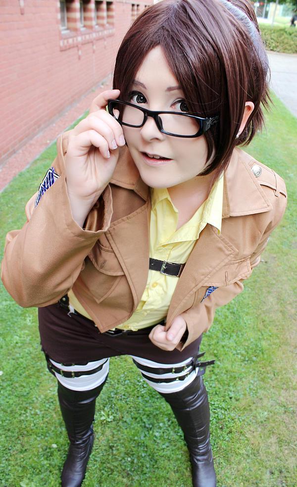 Hanji Zoe: SNK by Michi-Fox