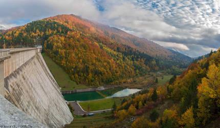Romanian Autumn by AlecsPS