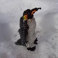 Beaded Emperor Penguin by Liktra