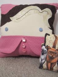 Potter Pillow Pals: Dolores Umbridge by Elantris