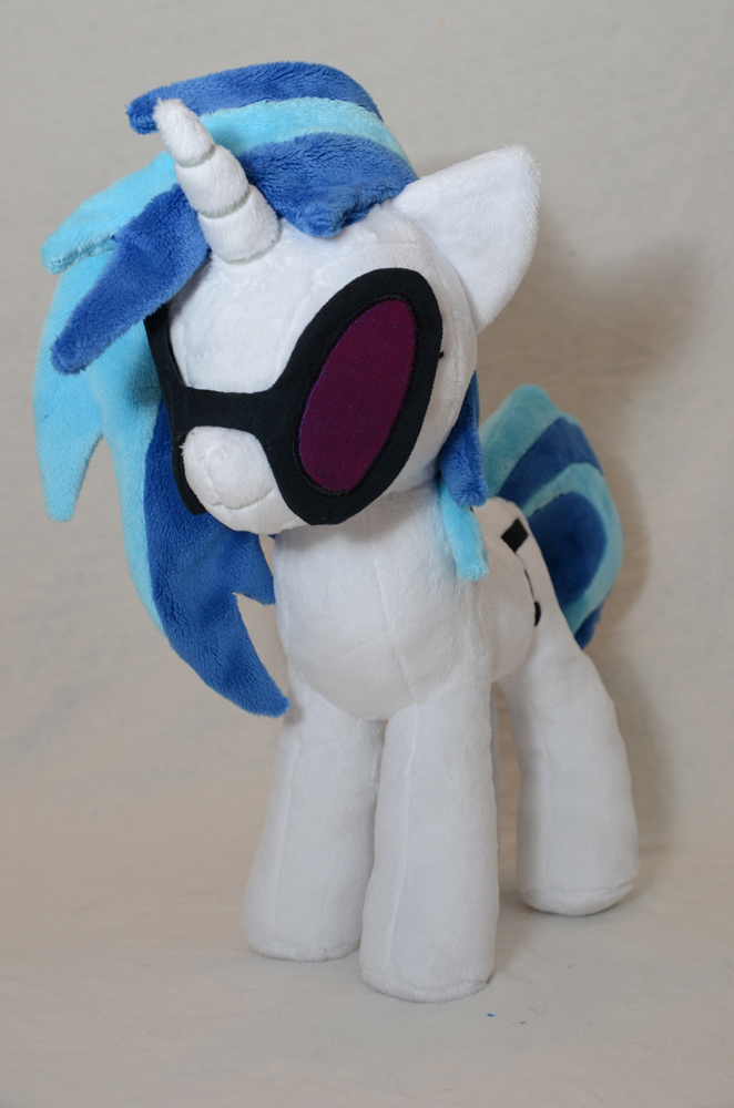 DJ Pon-3 Plushie by makeshiftwings30