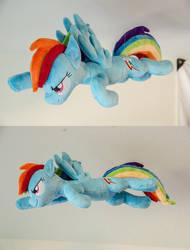 Flying Rainbow Dash Plush