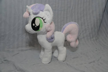 Sweetie Belle Plushie by makeshiftwings30