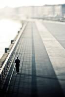 Runner V by Sblourg