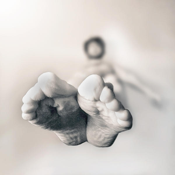Light Feet by Sblourg