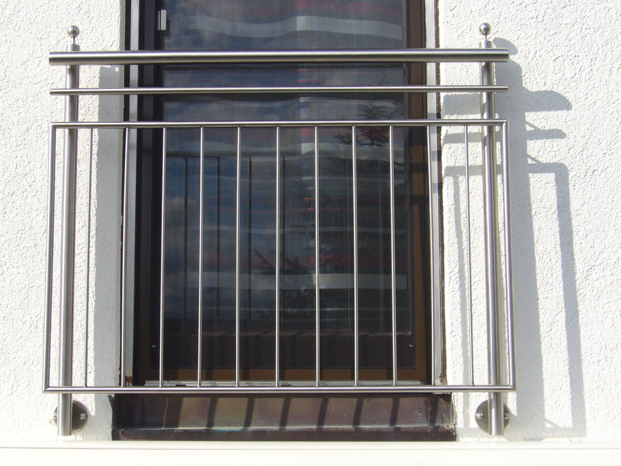 Stainless steel balustrade and french balcony by metal for Steel balcony
