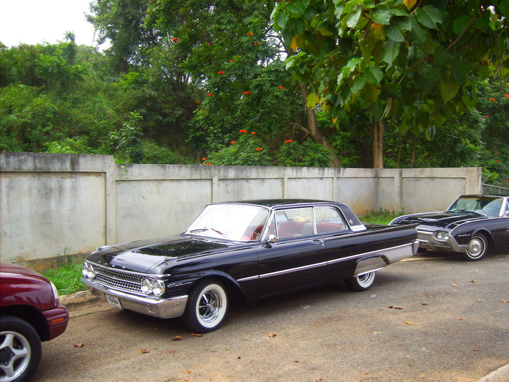'61 Ford Galaxie for XJK by
