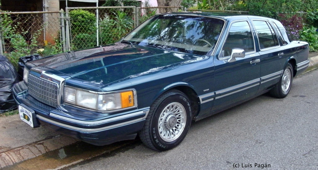 94 Lincoln Town Car By Mister Lou On Deviantart