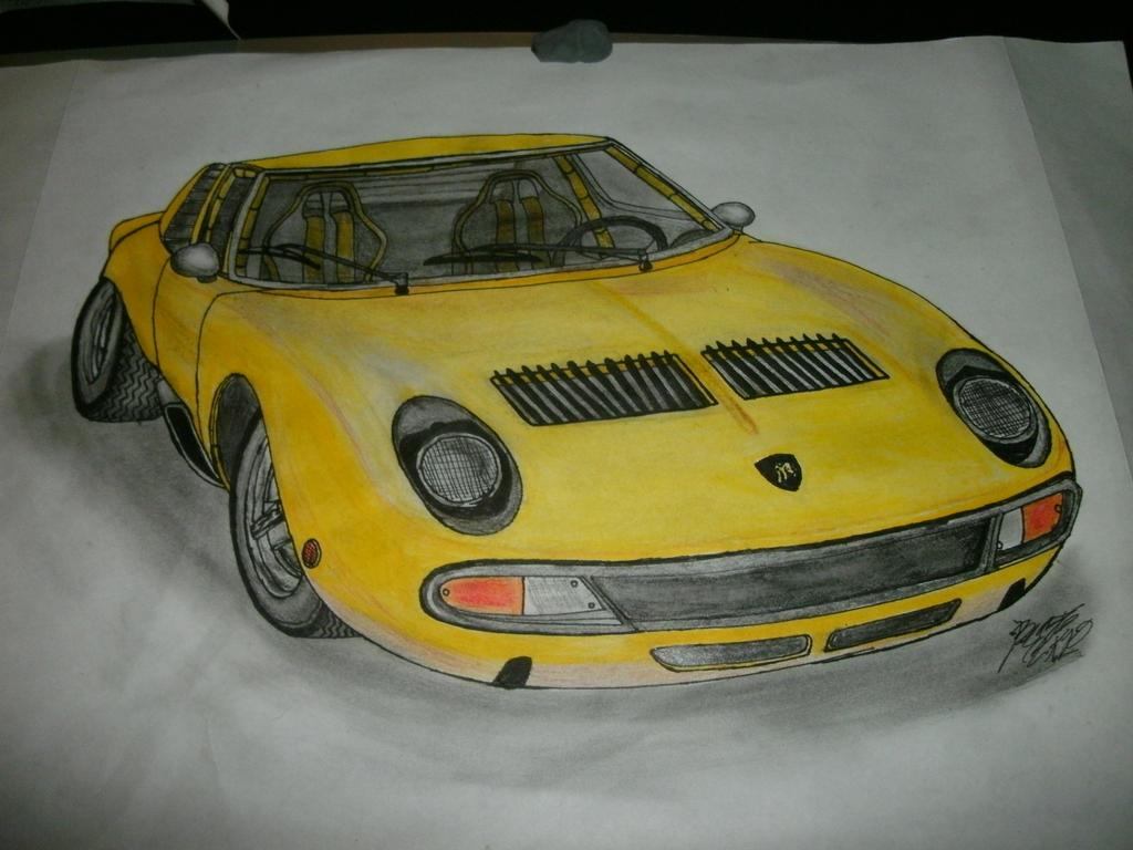 71' Lamborghini Miura finished