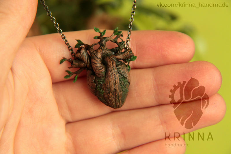 Growing heart pendant Krinna Handmade