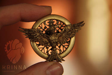 New Mockingjay brooch fom polymer clay by Krinna