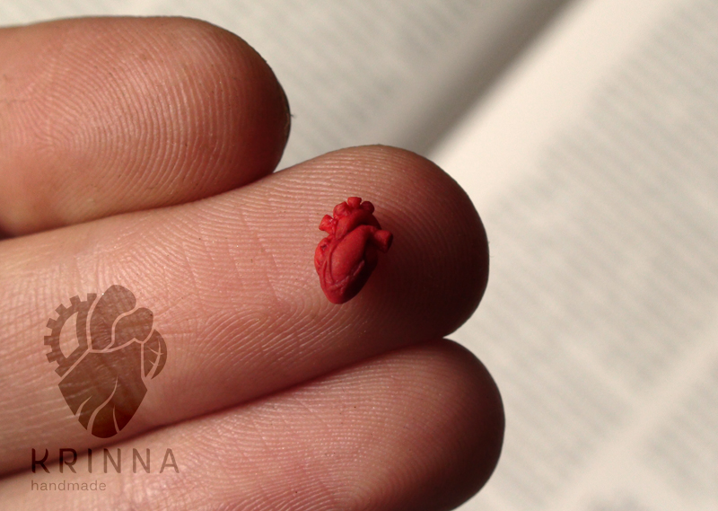 Micro heart from polymer clay 6.4 mm by Krinna