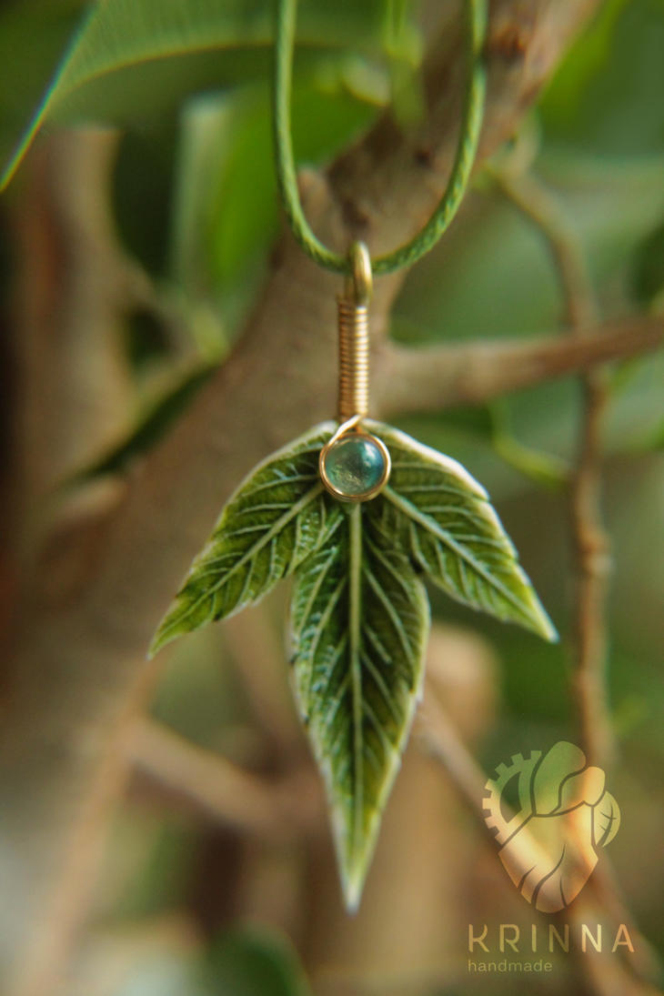 Polymer clay leaf pendant by Krinna