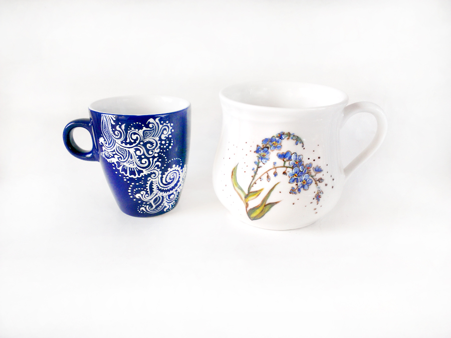 Flowers and flowers, two mugs by cydienne