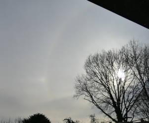 Sun halo with sun dog by Dowlphin
