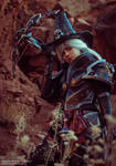Valla Vampire Hunter cosplay