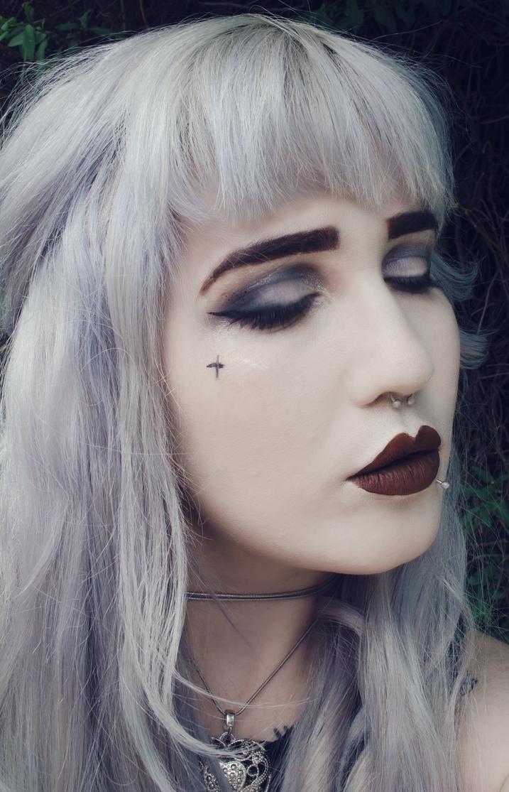 Gothic portrait 2 by AshleeHawksworth