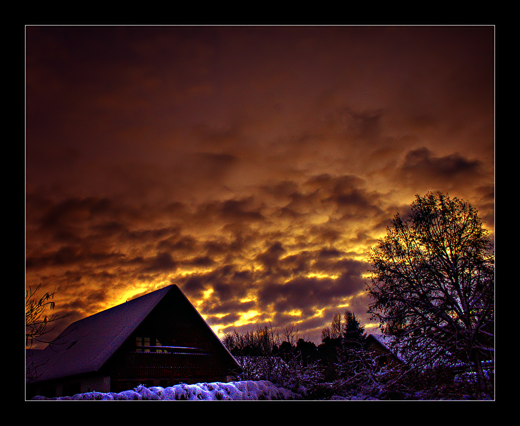 Sky Hot by Hellraidgr