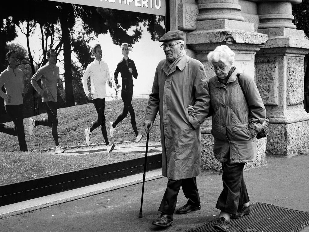 passeggiando per Milano by fabrizzialex