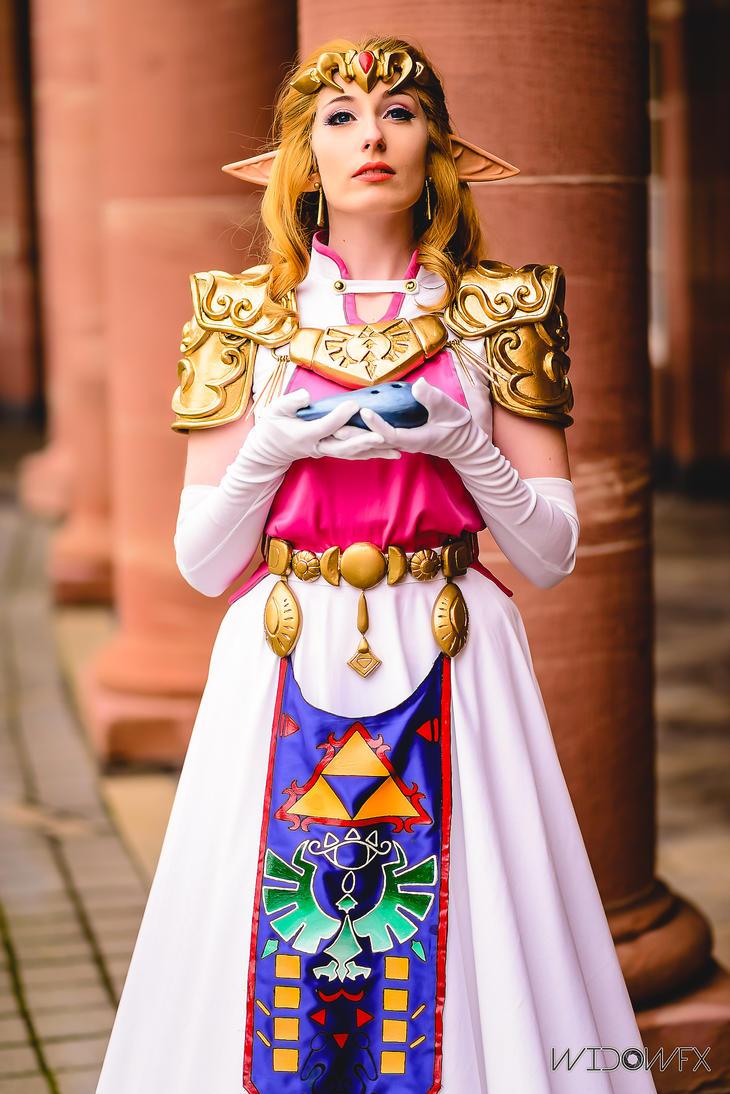 Jinx Cosplay Spotlight Princess Zelda