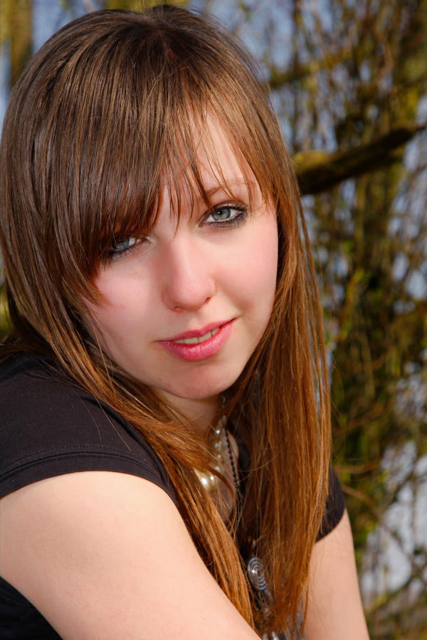 IMAGE: http://fc09.deviantart.com/fs45/i/2009/108/7/8/gavers_3_by_Mikacouli.jpg
